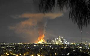 'Tower of fire' destroys L.A. apartment complex under ...