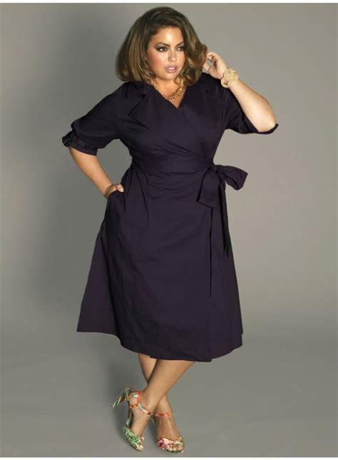 kleider  grossen groessen elegante mode fuer kurvige damen