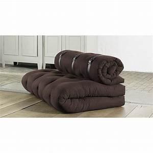 Canape convertible futon buckle up karup marron achat for Tapis de yoga avec canapé convertible karup