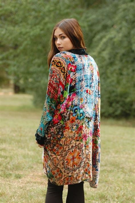 hottest fashion trend velvet kimonos  trendy girls