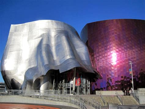 Frank Gehry: a metal cladding master - Sotech Optima