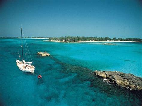 bahamas holidays caribbean  tropical sky