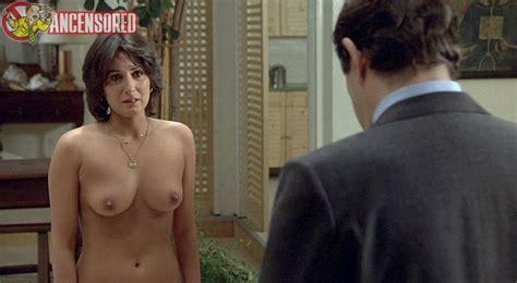 elisabeth margoni nue dans the professional