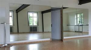 Spiegel An Tür : spiegelwand tanzstudio mehrteilig mit t r birl w braun ~ Michelbontemps.com Haus und Dekorationen