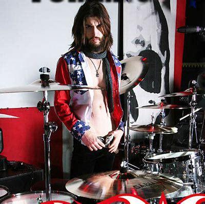 tommy clufetos drummerworld