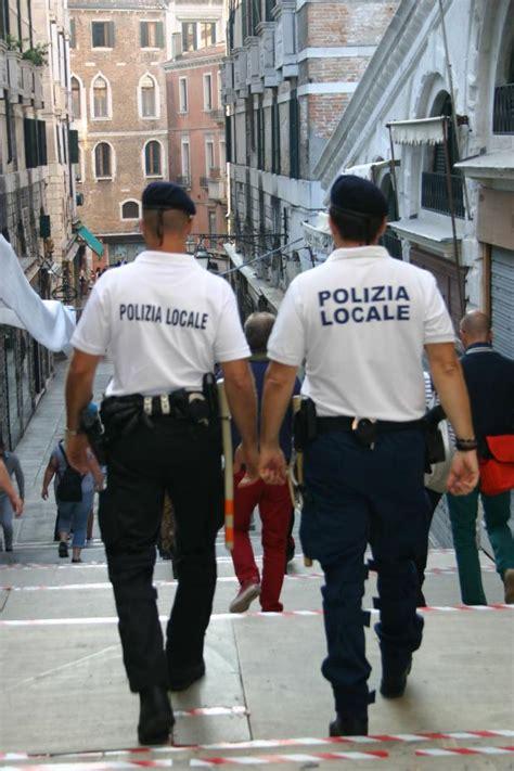 assunzioni agenti di polizia locale stagionali e annuali