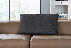 Stoff Für Couch : h lsta sofa r ckenkissen mit rolle wahlweise in stoff oder leder online kaufen otto ~ Markanthonyermac.com Haus und Dekorationen