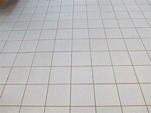 white tile floor zyouhoukannet With how to clean white tile floors