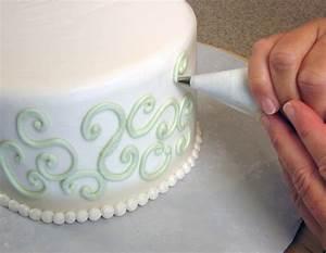 Cake decorating - Wikipedia