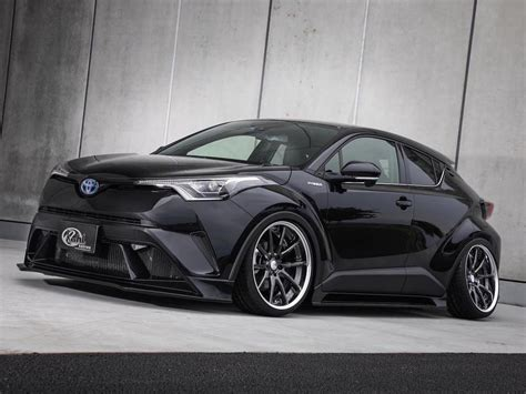 The development of the car began in 2013. Extremes SUV: Kuhl-racing tunt den Toyota C-HR bis ans ...