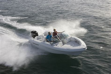 Triumph Boats 191 Fs by Research 2011 Triumph Boats 191 Fs On Iboats