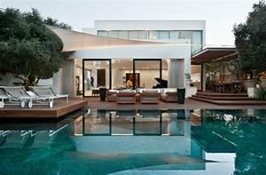 La villa moderne luxe 62 exemples design for Idee amenagement jardin avec piscine 7 la villa moderne luxe 62 exemples design
