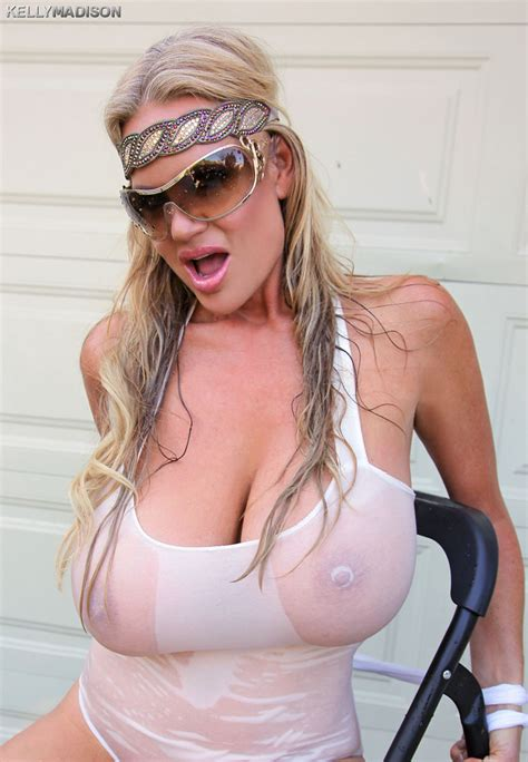 kelly madison wet and oiled pichunter