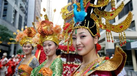 new year festival celebration special apparels for women clothing onl beautiful parade of cny 2016 in singapore