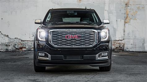 2018 Gmc Yukon Denali Ultimate Black Wallpaper