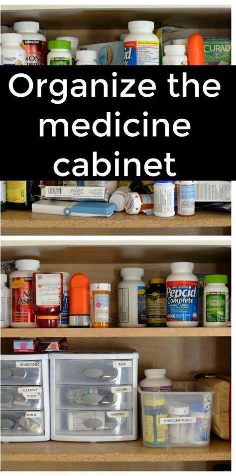 Medicine Closet Organization Ideas by Best 25 Medicine Cabinet Organization Ideas On
