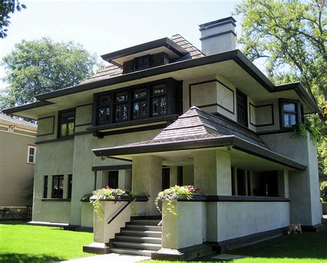 Modern Style Homes by Modern Style Homes 9 Characteristics That Make This Home