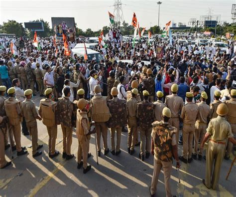 UP police allege 'international plot' in Hathras case, FIR ...