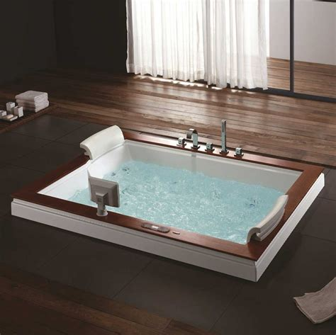 Big Whirlpool Tubs by Burlington Luxury Whirlpool Tub