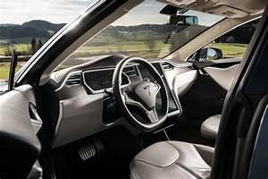 2020 Tesla Model S Pictures - 110 Photos | Edmunds