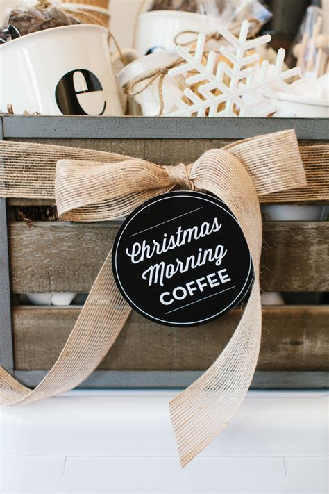 Gift baskets are perfect for those hard to shop for people on your list. How to Make a Coffee Gift Basket… | The TomKat Studio Blog