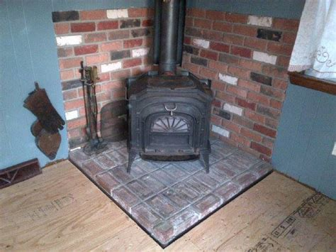 Vermont Castings Resolute Wood-Burning Stove $450