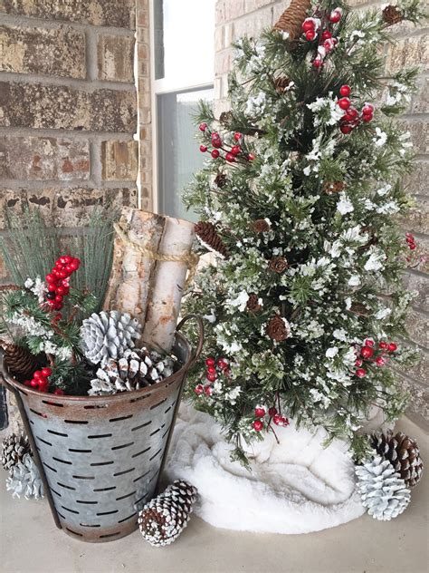 rustic christmas decorations   outdoor fireplace  patio