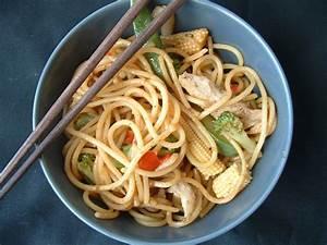 housewifery: Yakisoba Noodles