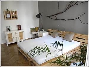 Bett Aus Europaletten Kaufen : bett aus europaletten bauanleitung betten house und ~ Michelbontemps.com Haus und Dekorationen