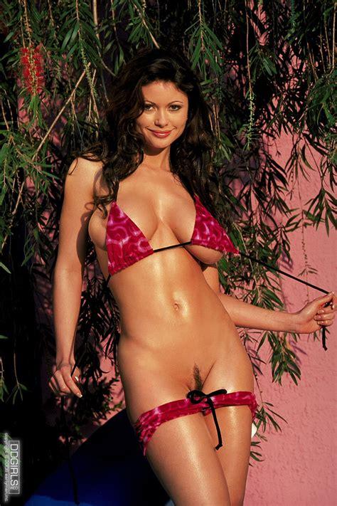 Hot Busty Bikini Girl Veronica Zemanova Exposes Her Perfect Body My Pornstar Book
