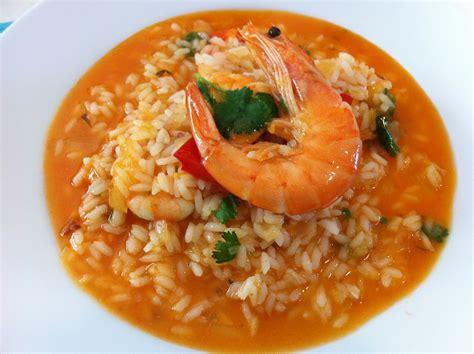 recette riz cuisiné riz aux fruits de mer à la mode portugaise kitchen trotter