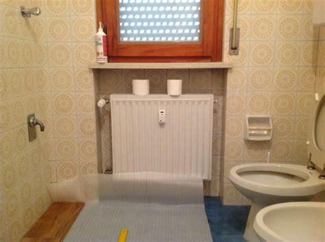 ricoprire piastrelle bagno coprire le piastrelle bagno