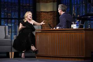 """Amber Mark Performs On """"Late Night With Seth Meyers ..."""