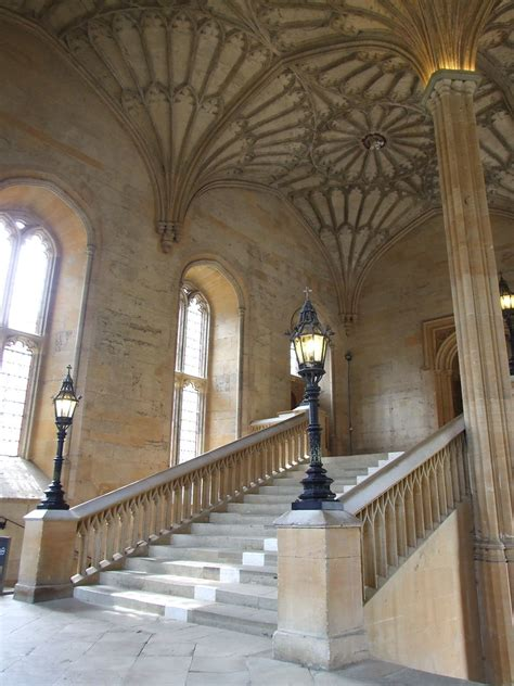 great hall hogwarts staircase   century