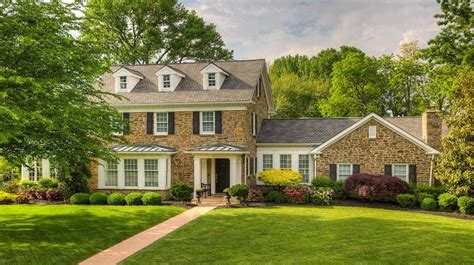 colonial house plan front on a colonial gives historic charm