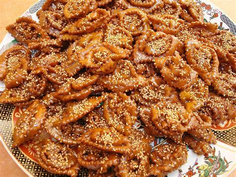 cuisine chomicha moroccan chebakia recipe sesame and honey cookies