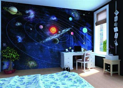 chambre theme espace fresque murale chambre enfant garcon theme espace planetes