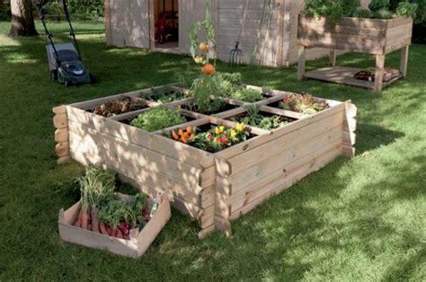 amenager un potager en carre am 233 nager un carr 233 potager dans jardin entretenez et embellissez votre jardin avec mr bricolage