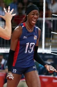 Destinee Hooker - Destinee Hooker Photos - Olympics Day 7 - Volleyball