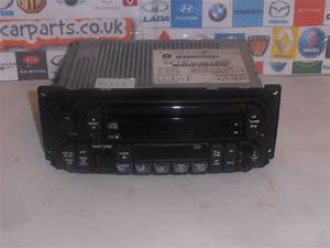 Jeep Grand Cherokee Chrysler Voyager Radio Cd Player With