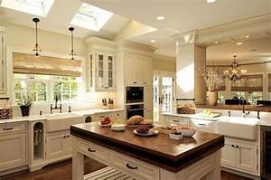 Küche Landhausstil Gebraucht : k che kochinsel landhausstil wei oberlichter interior ~ Michelbontemps.com Haus und Dekorationen