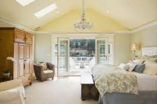 Spectacular Master Bedroom Suite Layouts by 32 Exquisite Master Bedrooms With Doors Pictures