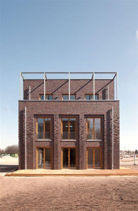 Energieautarke Haeuser Aus Ziegelmauerwerk by Haus Co Theis Janssen Architekt Bda Wittmunder