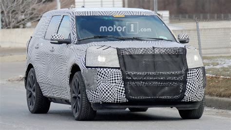 ford explorer st   hp spied    time