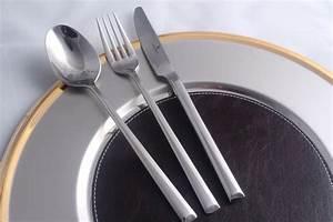 Besteckset 12 Personen : besteckgarnitur edelstahl 12 personen besteck besteckset tafelbesteck gastro ~ Markanthonyermac.com Haus und Dekorationen