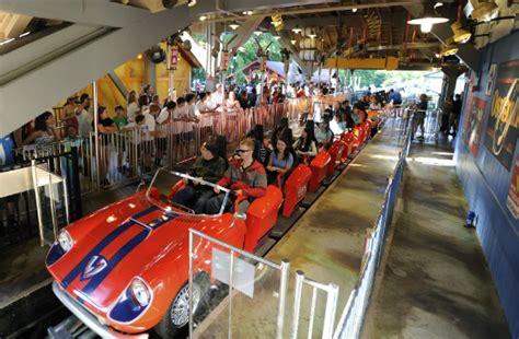 busch gardens queue 10 amusement parks with vip perks huffpost