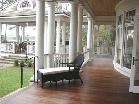 wraparound porch 25 best ideas about wrap around porches on farm house exteriors house styles and