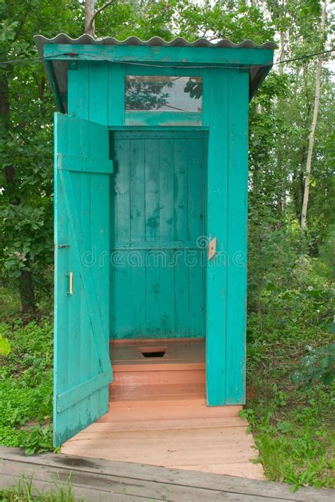 photo  outhouse  outdoor bathroom  hole