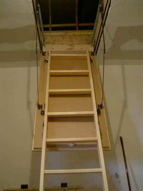 comment monter escalier escamotable grenier la r 233 ponse est sur admicile fr