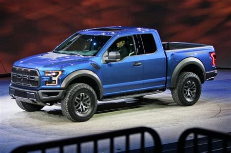 Cost Of A 2017 Ford Raptor by 2017 Chrysler 200 Redesign Release Date Price Interior Mpg